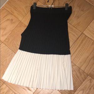 Navy and Cream Ann Taylor skirt
